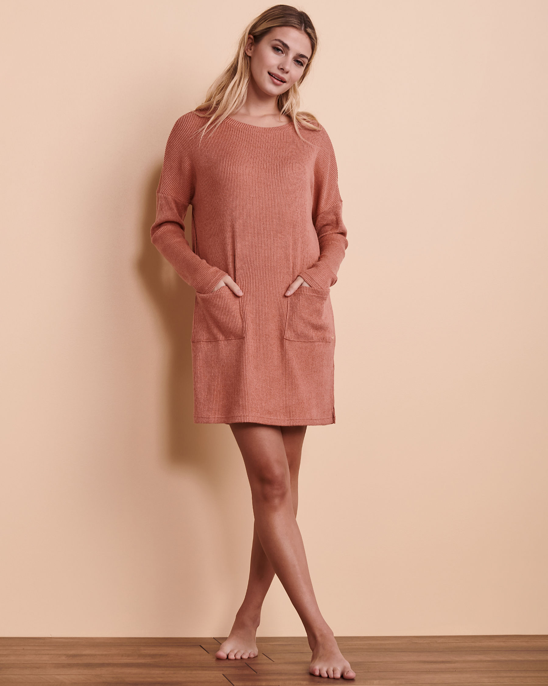 TURQUOISE COUTURE Ribbed Long Sleeve Dress Dark pink 02300017 - View1