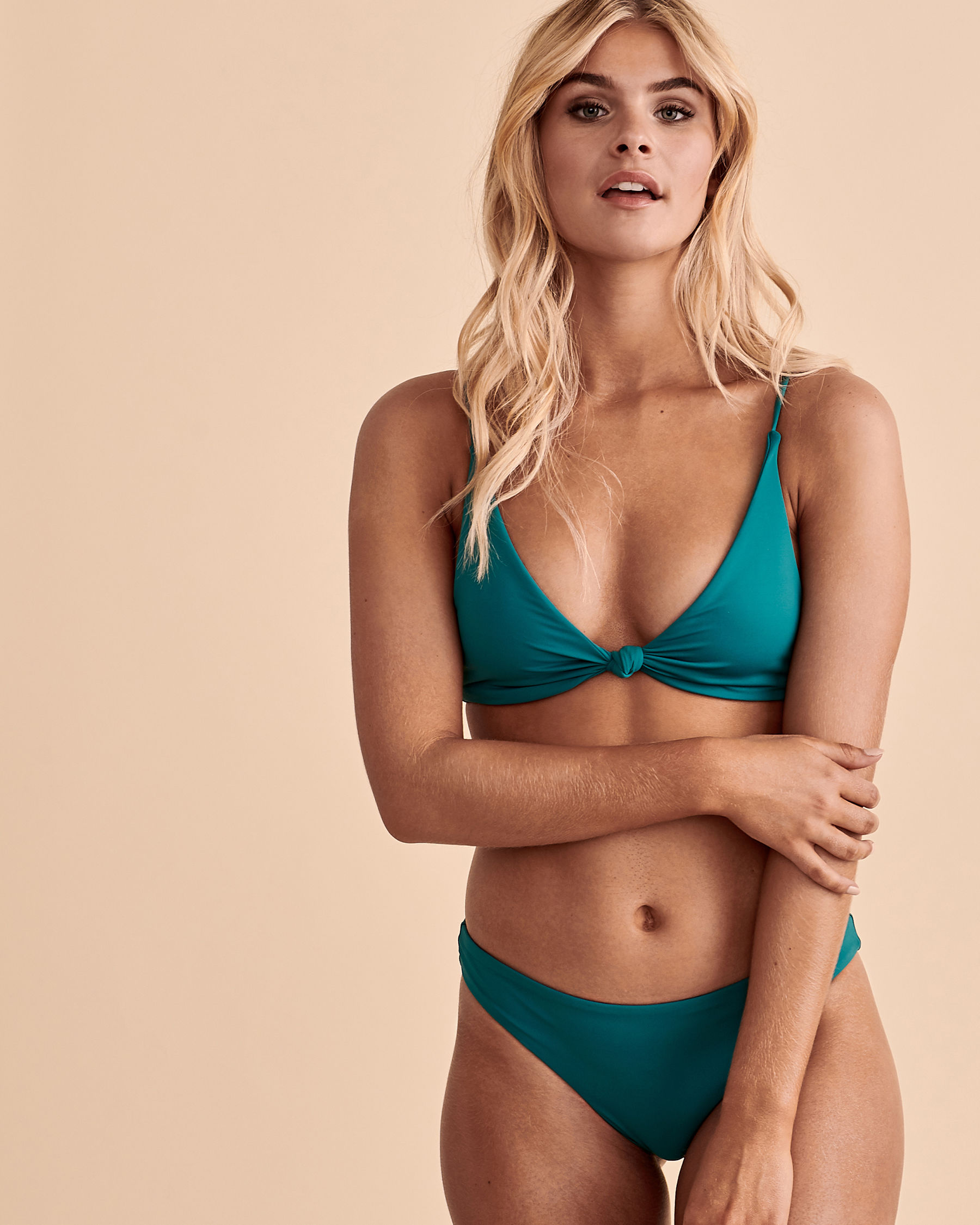 O'NEILL SALTWATER Knotted Triangle Bikini Top Green SP0474003 - View1